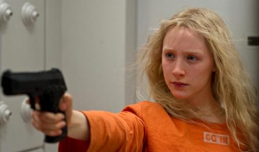 Saorise Ronan armed in Hanna