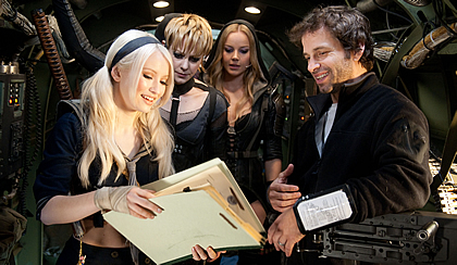 Director Zack Snyder with cast of Sucker Punch