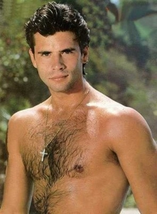 Lorenzo Lamas as Lance Cumson