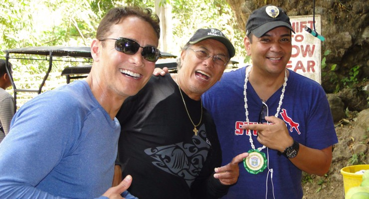 Mark Dacascos, Al Dacascos and Sonny Sison on the set
