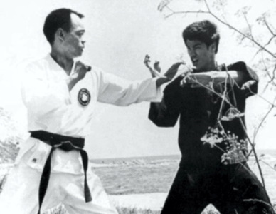 bruce lees toughest fight Lee's widow linda, now 72, describes in her 1975 book bruce lee: the only man i knew how the fight was far too close in her husband's opinion, causing him to abandon wing chun.
