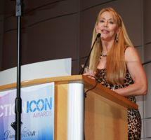Cheryl Wheeler Accepting Helen Gibson Award
