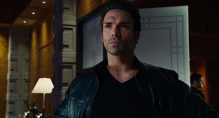 "Darren Shahlavi as Constantine Drakon in the Pilot of ""Arrow"""