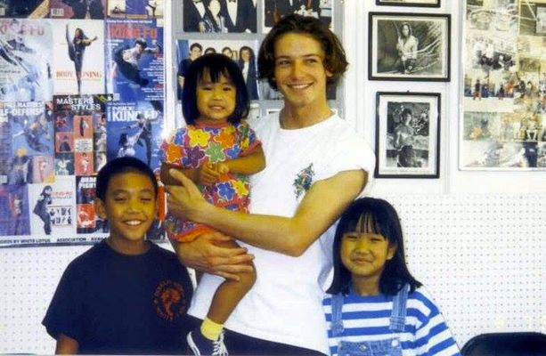 Young Hercules actor Ian Bohen and the Wong children