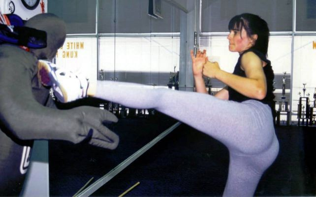 Lucy Lawless training for Xena with Doug Wong