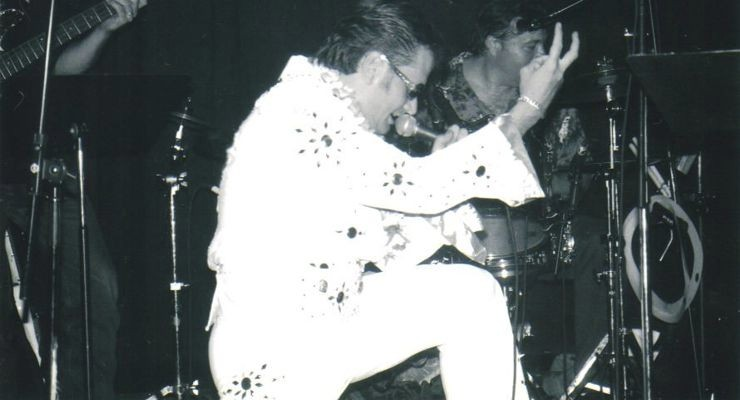 Tommy Bayiokos as Elvis