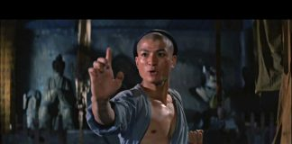 Jet Li vs Hu Jian Qiang - Martial Arts Of Shaolin