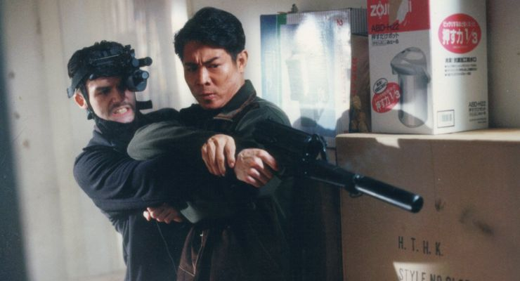 Jet Li and Jude Poyer in Contract Killer (1998)