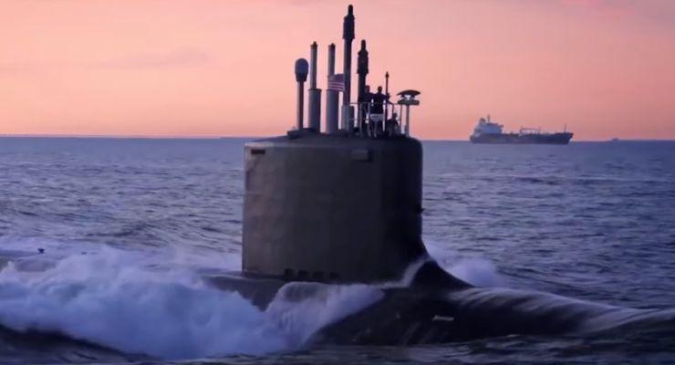 Black Water (2018) Submarine