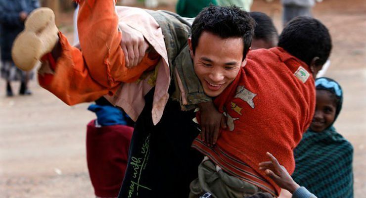 Duy Beck in East Africa with children from the orphanage