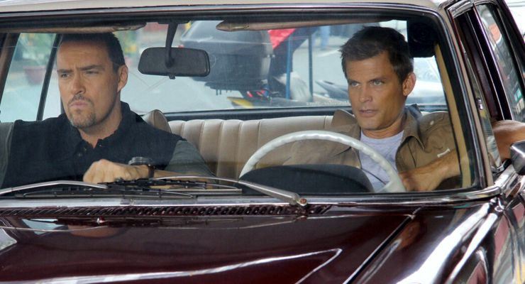 Casper Van Dien and Alexander Nevsky in Showdown in Manila (2016)